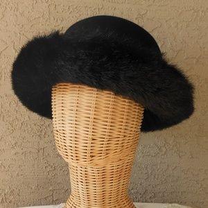 Vintage DAME Winter Hat